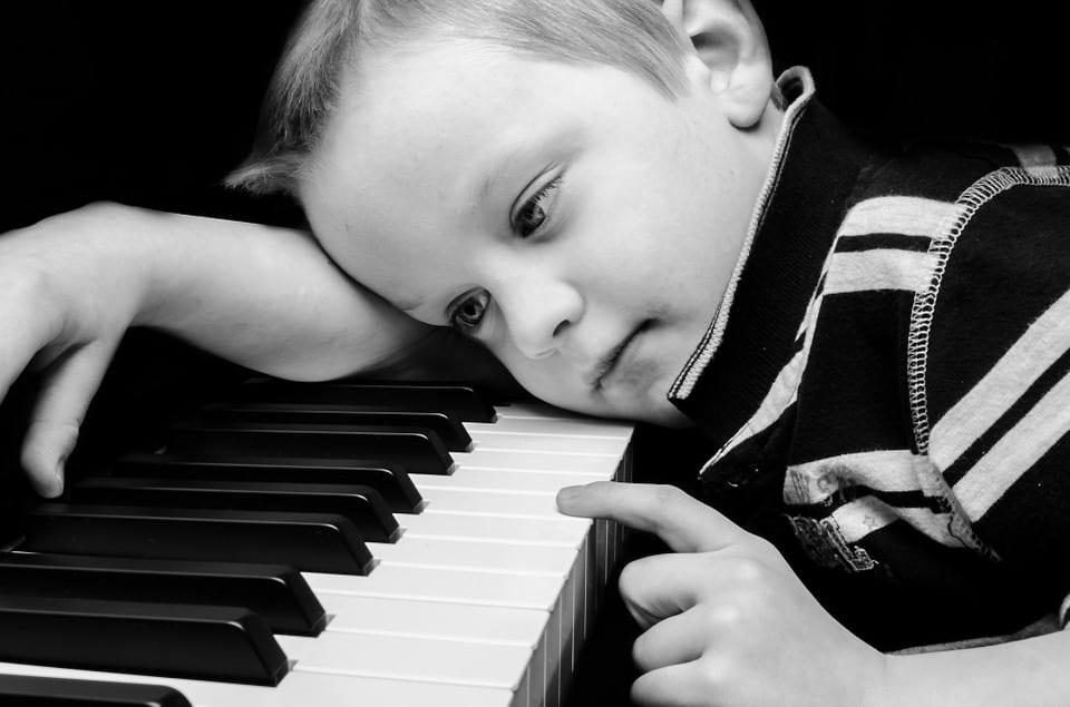 Piano Lessons Make Kids Smarter