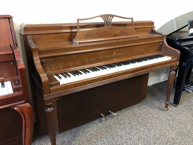 STEINWAY & SONS Vertical Piano