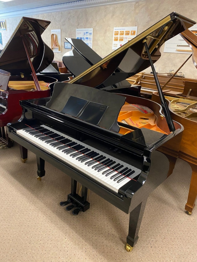 2021 New Steinway & Sons Baby Grand Official Piano Builder ( Essex Piano Line ) - $8,990_01