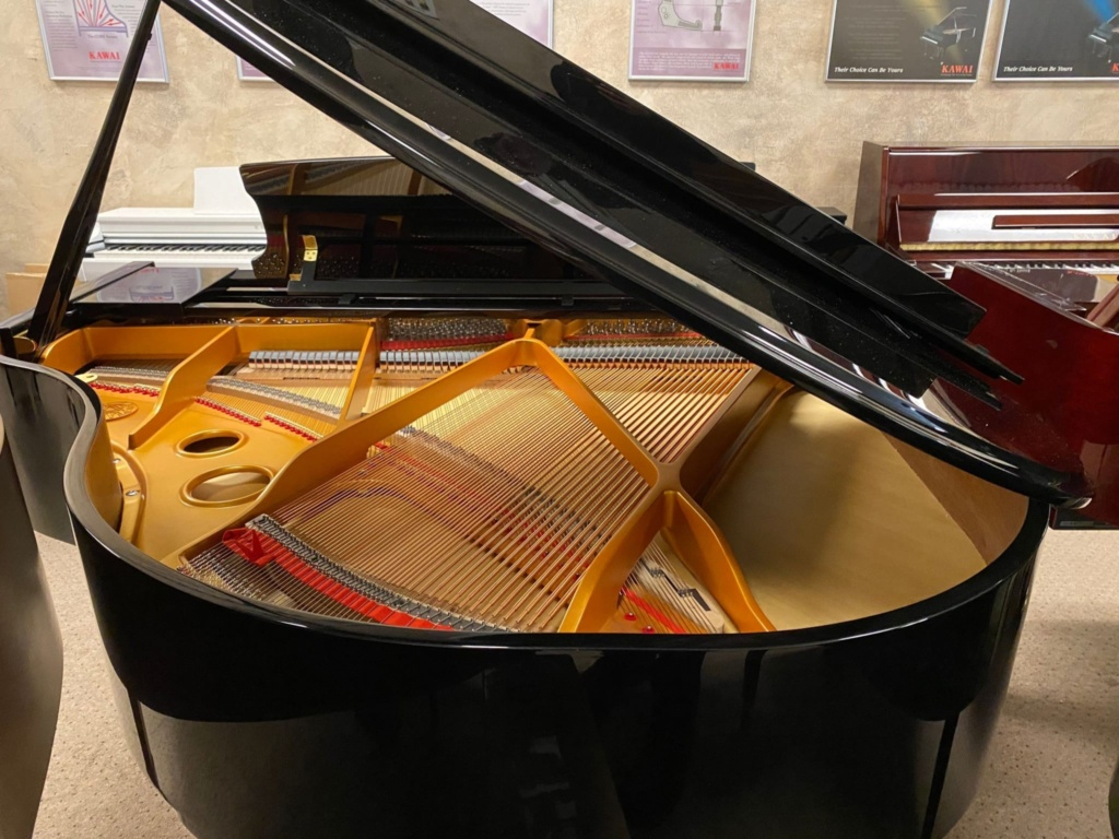 2021 New Steinway & Sons Baby Grand Official Piano Builder ( Essex Piano Line ) - $8,990_02