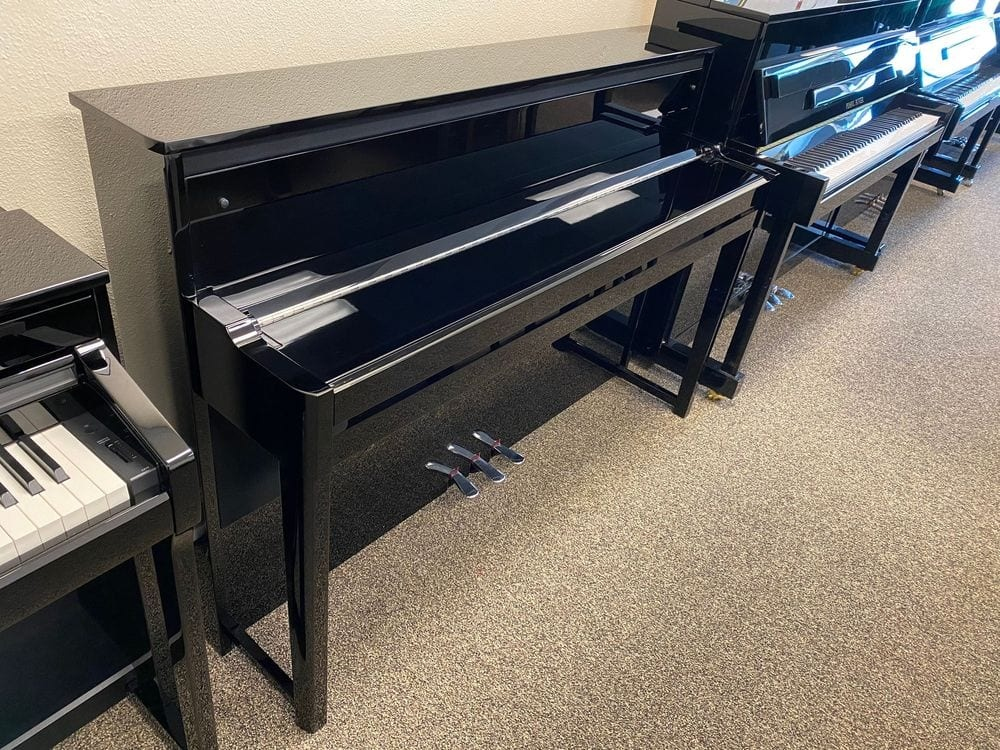 Like NEW Yamaha NU1X AvantGrand Hybrid Piano - Only $4,950_05